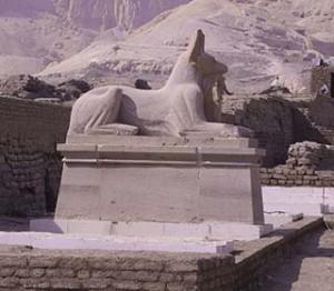 Vor dem Ramesseum