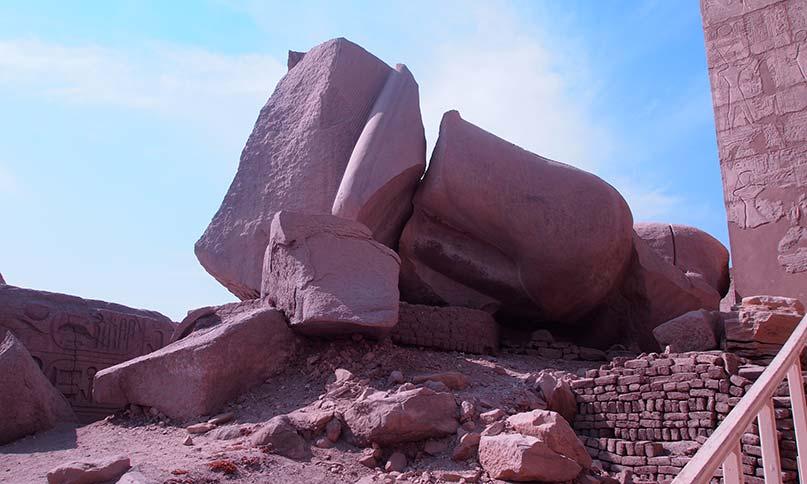 Umgestürzter Koloss im Ramesseum