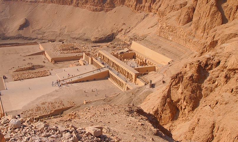 Atemberaubende Sicht auf den Hatschepsut-Tempel