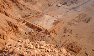 Blick auf Deir el Bahari