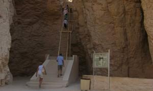 Treppe zum Grab Thutmosis III.