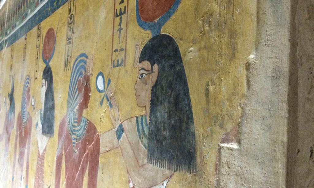 Nicht sehr einfallsreich sind die Reliefs im Grab von Thutmosis IV.