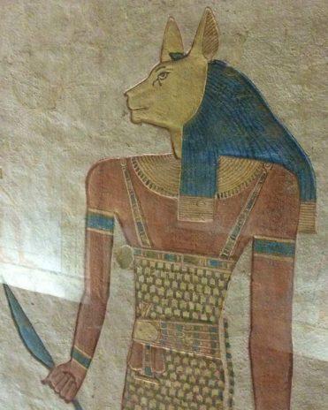 Eine der zahlreichen ägyptische Gottheiten mit Katzengesicht