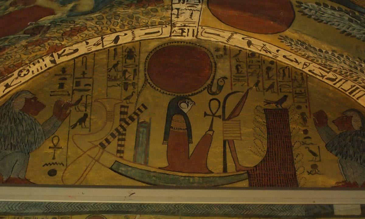 Re in seiner Sonnenbarke im Grab des Sennedjem