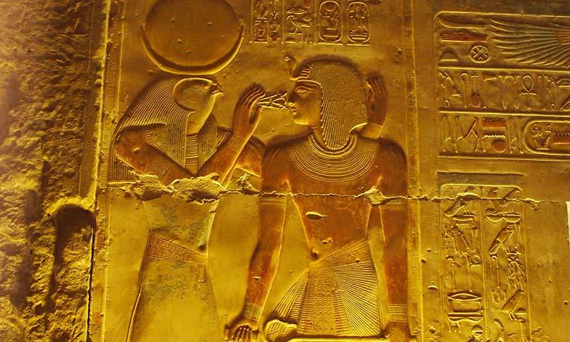 Der Gott Chons gibt Pharao ankh