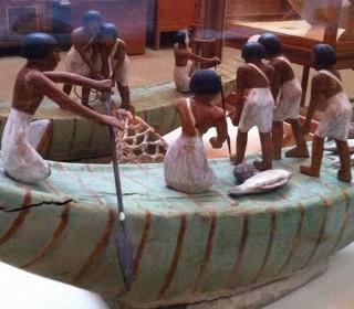 Kleine Dienerfiguren aus dem Alten Reich Ägyptisches Museum Kairo