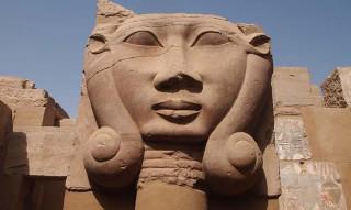 Hathorsäule