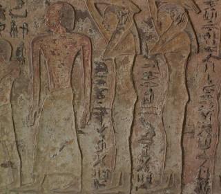 Im frühen Neuen Reich kleidete sich dieser feine Herr mit Halbglatze in einen langen Rock. Die Damen trugen die gleiche Mode wie im Alten Reich. Grab des Renini, el-Kab Neues Reich, 18. Dynastie