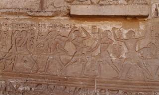 Ringer und Stockfechter im Tempel von Medinet Habu