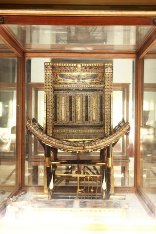 Stuhl Tutanchamuns Copyright Mohamed Ahmed Soliman | Dreamstime.com