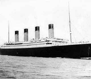 Titanic By F.G.O. Stuart (1843-1923) [Public domain], via Wikimedia Commons