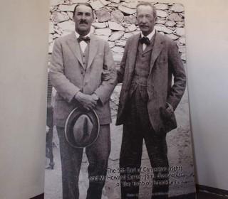 Bild von Howard Carter und Lord Carnarvon aus dem Carter House in Luxor