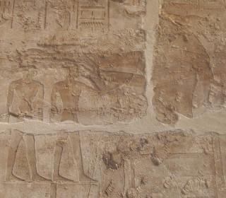 Chnum modelliert auf seiner Töpferscheibe Pharao Amenophis III. und seinen Ka Luxor-Tempel Neues Reich, 18. Dynastie